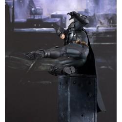 DC Batman ArtFX+ Figure